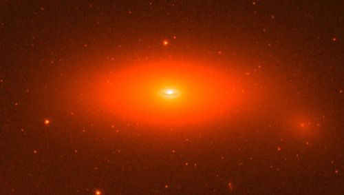 Monster black hole is biggest ever foundThe supermassive black hole has a mass equivalent to 17 billion suns and is located inside the galaxy NGC 1277 in the constellation Perseus.