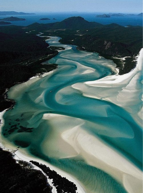 ovadiaandsons:  Whitsunday Islands, Whitehaven Beach, Australia