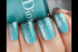 Glitter ombré mani super chic! Glitter on the ends hides chips better when fixed :)