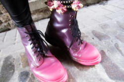 Pink n purple ombré boots, docs perhaps?