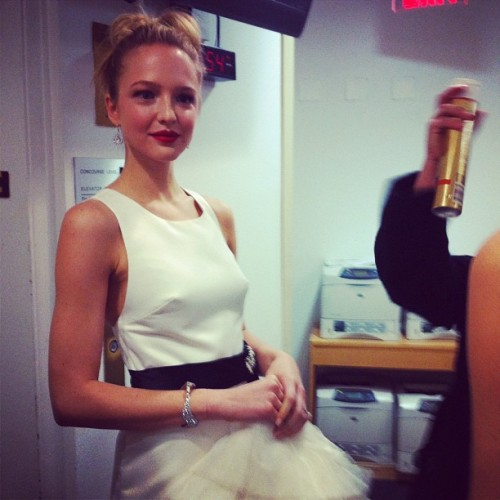 Pretty model backstage at @todayshow #gorg