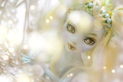 Atlantis ♥ on Flickr.Sooooo I've repainted my Lagoona :D I have a lot of other MHs waiting for ooak and this one is another temporary repaint… but it was fun xDDD I know I will paint them all again and again until they'll look perfect to me OTL