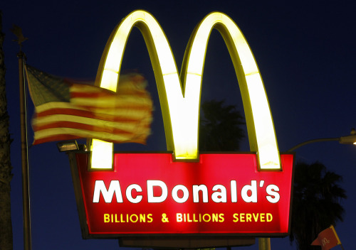 "thecallus:  reuters:  Fast-food restaurant employees protested in New York City on Thursday, demanding higher pay and the right to form a union - the latest attempt by lower-wage workers in the United States to increase their compensation. The campaign, called ""Fast Food Forward,"" seeks to roughly double hourly pay to $15 an hour and is being billed as the largest attempt to unionize U.S. fast-food workers. Leading the effort is New York Communities for Change, a group that has helped unionize low-wage carwash and grocery workers in New York. Strikes were scheduled at McDonald's, Burger King, Wendy's, Taco Bell, KFC, Pizza Hut and Domino's restaurants around the city throughout the day. READ ON: Fast-food workers in New York protest for higher wages  As I say to both parties in a negotiation: good luck! Play fair, and secure a win / win outcome.  Good luck to all involved."