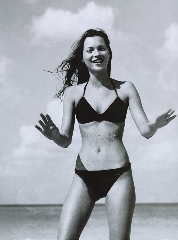 youthlush:  palmist:  kate moss