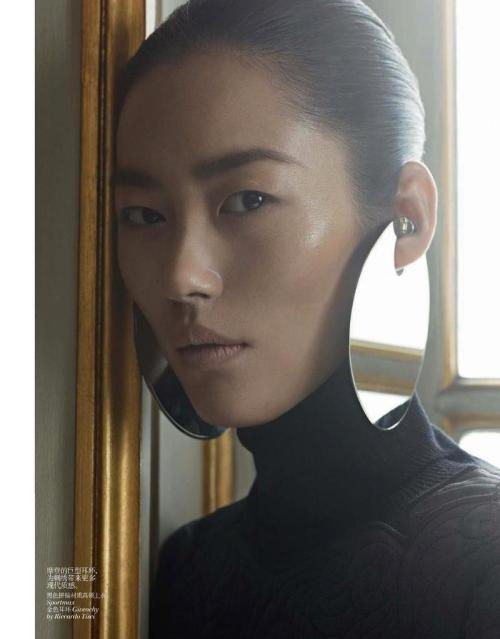 ladygarfunkel:  Liu Wen by Karim Sadli, Vogue China, December 2012