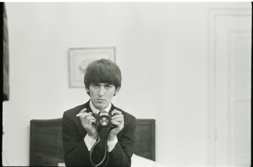 theswinginsixties:  George Harrison
