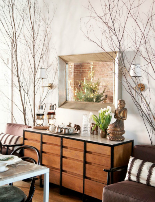 ruemag:  Bare walls be gone! Branches are our new favorite wall covering.  {www.ruemag.com/november-2012/ pg. 98}