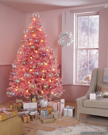 omigosh pink Christmas tree!