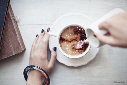 planetofthewolf:  If you love me I'll make you magical cup of tea. Made out of love and magic and stars and junk. Promise.