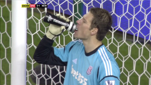 Asmir Begović is sad because Demba Ba replaced his water with syrup.