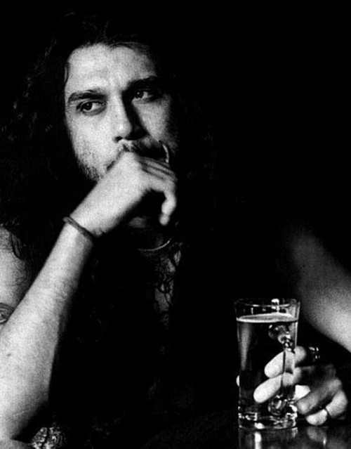 Tom Araya thrash metal GODDD!!!! and he hates us all!