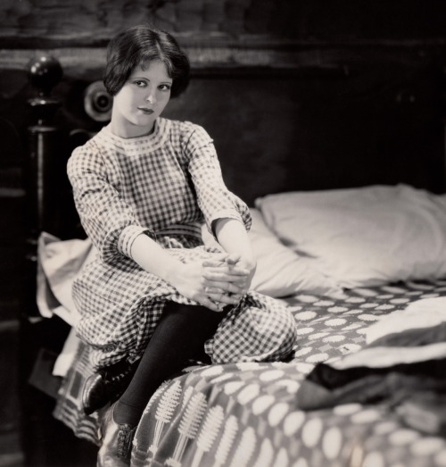 clarabowarchive:  Gingham Style ☆ Clara Bow ☆ The Runaway (1926) ☆