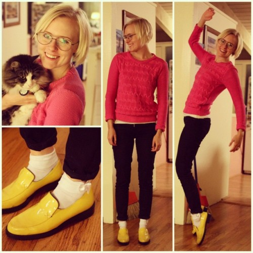 Today I wore my happy yellow rain shoes and my pink sweater. Happy colors makes for great Michael Jackson moves. #fashion #365fashionshuffle #mrsdilley365s #todayiwore #todaysoutfit #outfit #whatiwore #style #ootd #instafashion #fashionista #fashiondiaries #dailyoutfit #WIWT #day199 #thrifted #thriftstore #secondhand #used #reusing
