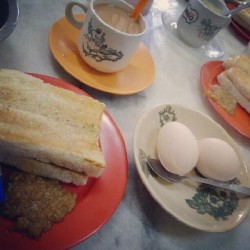 #Malaysia #kl #KualaLumpur #food #Asian #toast #breakfast #egg #tea #hainanese #foodporn