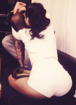 beautyisinsideyoux3:  Chris and rihianna »>
