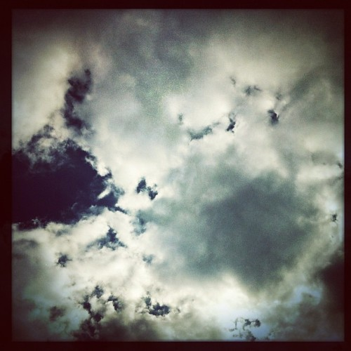 Sky above me. #goodnight #sky #skying #skyporn #cloud #cloudporn #mextagram #mexigers #igersmexico #jj_forum #jj