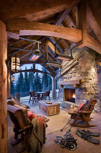 georgianadesign:  Big outdoor space under Big Sky, MT. Locati Architects.
