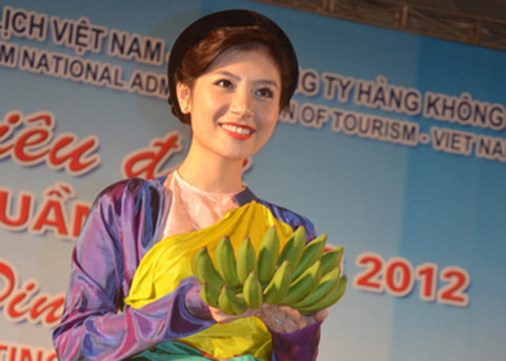 Halong tourism week ends with a jubilant gala dinner as the gratitude to European tourists!