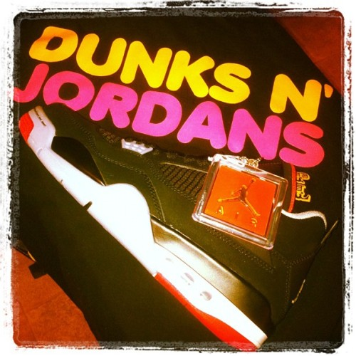 Things that I like.. Essentials #airjordans #sneakerhead #kicks0l0gy #niceshoes #sneakerfreak #collector #retro #dunks #bulls #lakers #celtics #shoegame #sgla #flightclub #hangtag