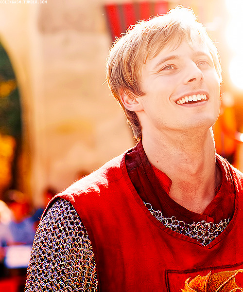 colingasm:  11/50 pictures of Bradley James.