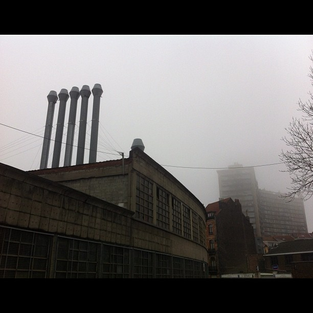The fog. Keep coming back to this juxtaposition of buildings in Anderlecht skyline.