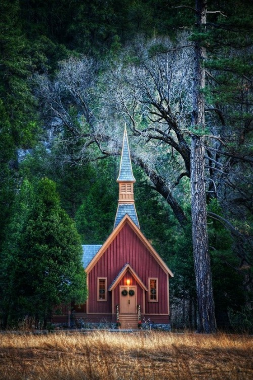 meinwelt: little church in Yosemite.