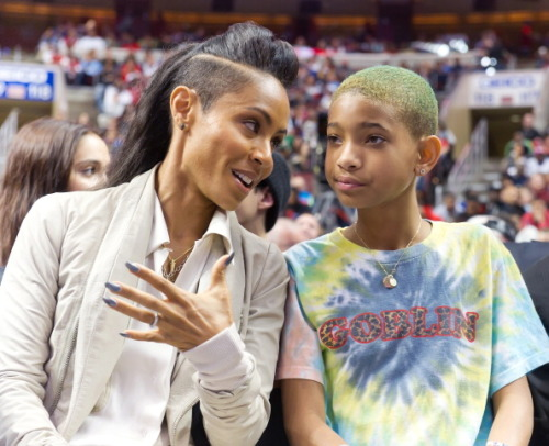CAN WE PLEASE LEAVE WILLOW SMITH'S HAIR ALONE?by Heather Taylor http://bit.ly/11auNeb