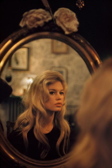 une-very-stylish-fille:  Brigitte Bardot