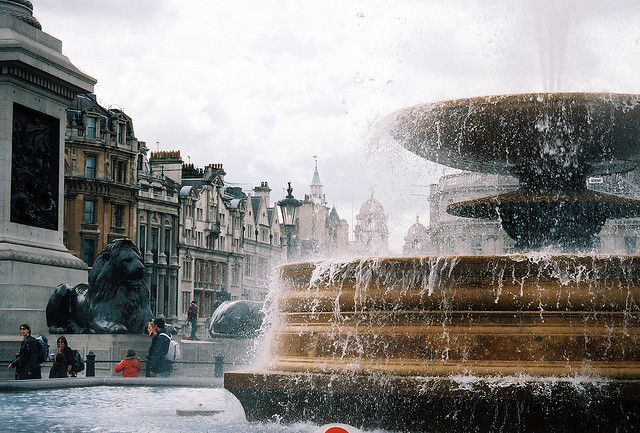 cicacia:  trafalgar square by bendisdonc on Flickr.