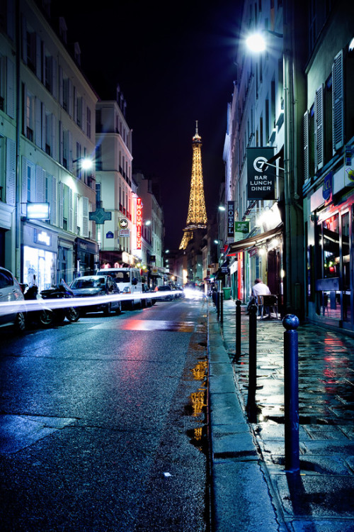 """Rain in Paris"" by Jinna van Ringen"