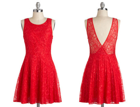 nicolemessier:  WANT! Little red dress<3 Found at modcloth.com