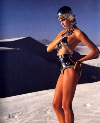 80s-90s-supermodels:  Thierry Mugler 1991