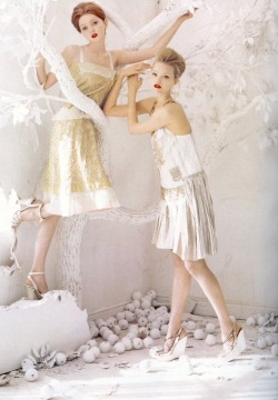 gemma ward and lily cole in vogue us 06