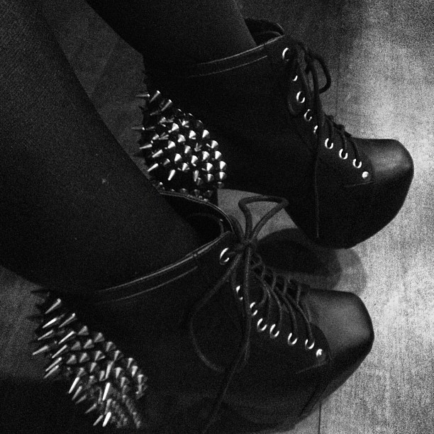 #jeffreycampbell #spikes #partytime