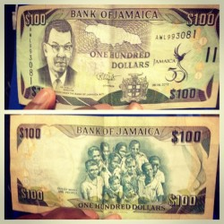 It's Crazy this is basically $1.00 in Jamaica but its says $100.00 you talking about one confused person lol  (at Hartsfield-Jackson Atlanta International Airport (ATL))