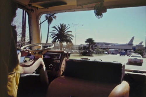 jonyorkblog:  Joel MeyerowitzLos Angeles Airport, California, 1974