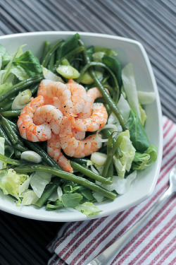 Prawns, Green Beans and Iceberg by Salad Pride on Flickr.
