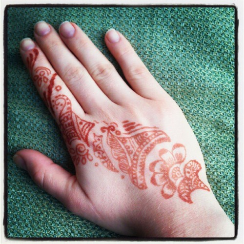 #mendhi #henna #tattoo #art #hand #tradition #brown #ink #indian #festival #instagramers #instgramdaily #instamood #instalife #instadaily #instagramdaily #igers #picoftheday #photooftheday #decorative #bodyart