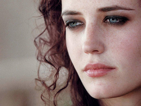 (via FFFFOUND! | Wallpaper greenx movie evagreen (#79612) - Wallbase.net)