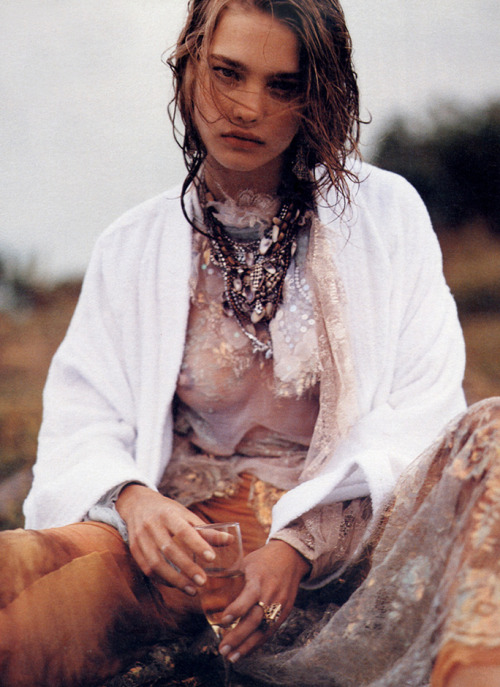 bienenkiste:  Natalia Vodianova by Bruce Weber for W July 2002