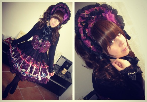 Hi! This is my outfit for the Lolita Day wearing my Masquerade Lady jsk and bonnet.
