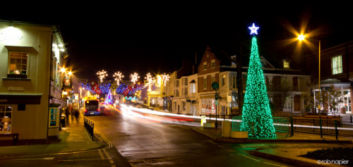 Christmas lights Stratford Upon Avon. by Rob Napier