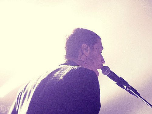 thatyelloworange:  Paul Meany | MuteMath by mischaaaa on Flickr.