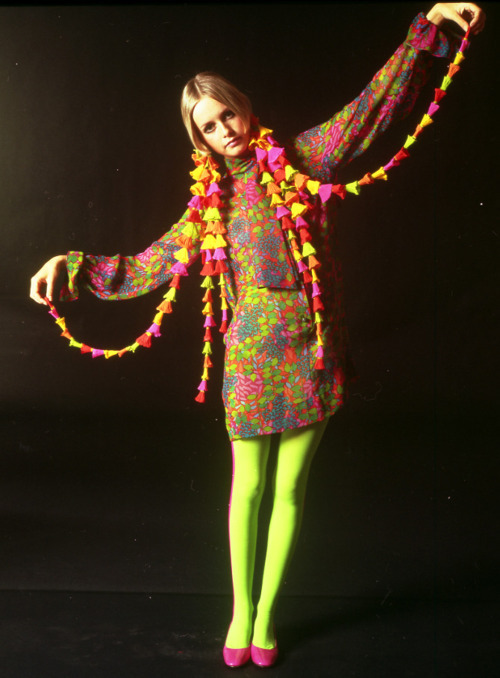 fashion-of-the-60s:  Twiggy.