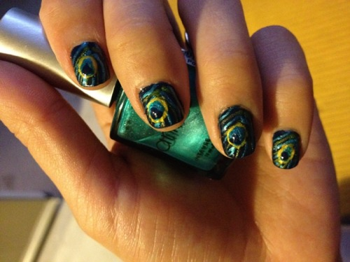 Nails Of The Day: NAILS OF THE DAYby From Our Readers  http://bit.ly/SnPHll