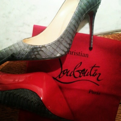 evachen212:  pristine @louboutinworld heels about to be worn for the first time!