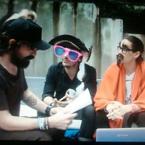 Q&A gets even more interesting with 30 Seconds to Mars - VyRT The Mars Lab 2