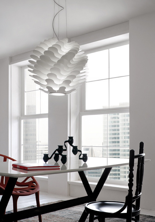 (via Libera lamp from Lucente)