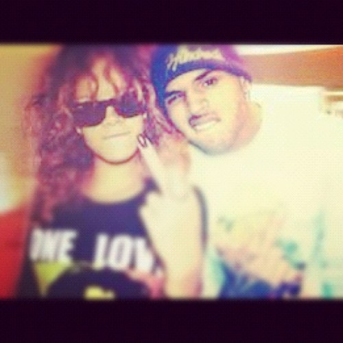 @fuckyopictures @badgalriri #love found this photo online, n decided to post it on Instagram.