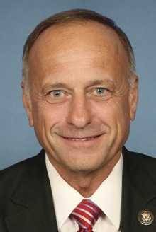 In other news, Rep. Steve King continues to be a jackass rss@dailykos.com (Hunter), dailykos.com Surprisingly, not a mugshot.Some of the smarter Republicans are beginning to note that maybe their party can't keep dumping on Latino voters and immigrants and expect to win future elections, but there's been precious little to indicate they'll be…